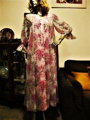 60S/70S Pink Sheer Flowy 2 Layer Housegown. Sz 10.