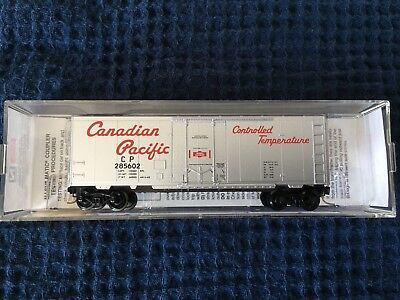 N Scale Micro Train Lines Canadian Pacific 40' Standard Box Car #74040/2