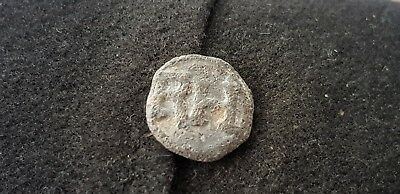 Superb Post Medieval lead token found in England in the 1970s L71p