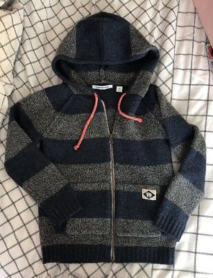 Boys Thick Winter Country Road Good Condition. Amazing Top! Size 7!