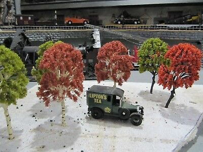 """O Gauge Trees, Fall Colors, Doll Or Lionel Railroad Scenery 6 Count 5 1/2"""" Tall"""