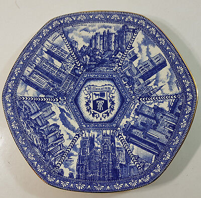 Collectable Excellent Ringtons Wade Ceramics Millenium 2000 Plate Blue Porcelain