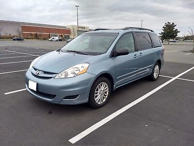 2008 Toyota Sienna LE 2008 LE AWD FULLY OPTIONED