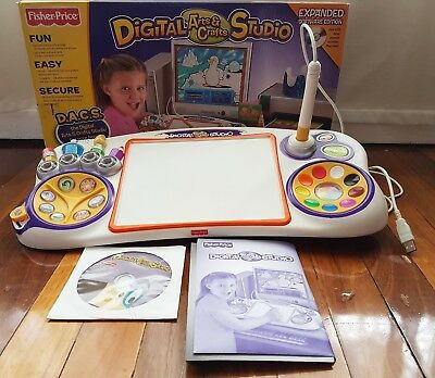 FISHER PRICE DIGITAL ARTS & CRAFTS STUDIO. Expanded Software Edition