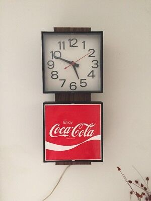 COCA COLA COKE LIGHTED CLOCK ADVERTISING SIGN 1970s WORKS GOOD COLOR #G018 G-018