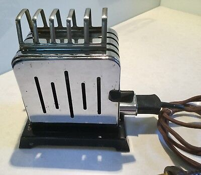 Vintage Retro Goldair Toaster - Made in Australia Good Condition