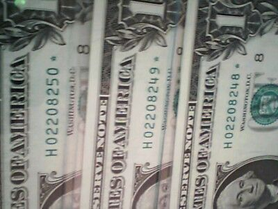 3 2013 Consecutive Numbered $1  Star Notes