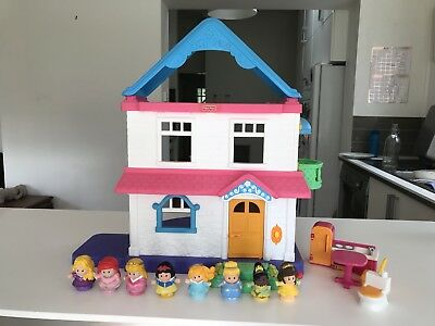 fisher price dolls house Little People Princesses