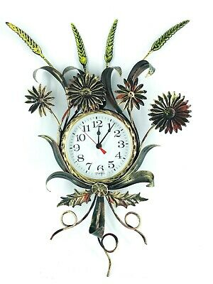Big Wall Clock with Plugs of Wheat with Leaves Wrought Iron Gold