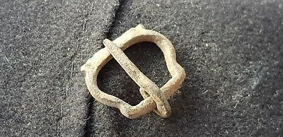 Beautiful bronze early Medieval buckle found in England in 1974 L10h