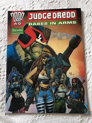 2000Ad Judge Dredd Babes In Arms Graphic Novel Good Condition 1996 Paperback
