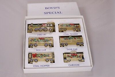 Boyd Special Glass Train Set Hand-painted Mocha 2013 Christmas #13 of 30 Signed