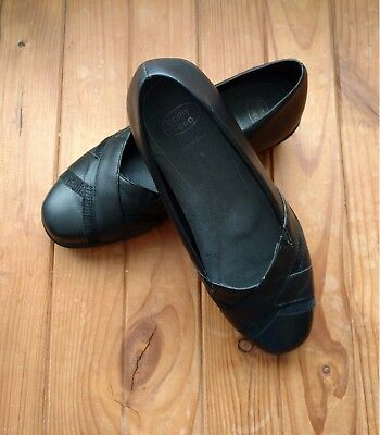 Homyped Black ladies leather shoes size 6