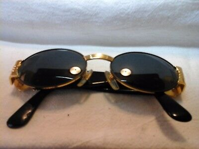 Gianni Versace Vintage  S72 sunglass black and gold