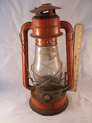 Vintage Red Dietz No 70 Barn Lantern Rusty Relic