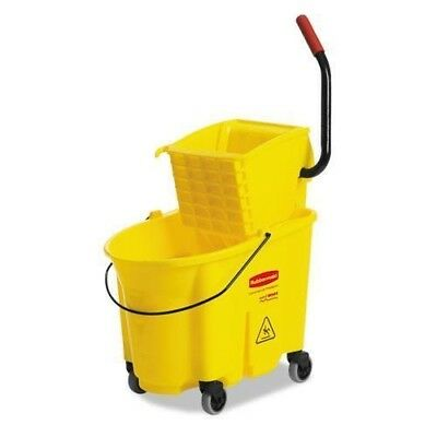 Rubbermaid Commercial WaveBrake 35 Quart  Bucket/Wringer Combo
