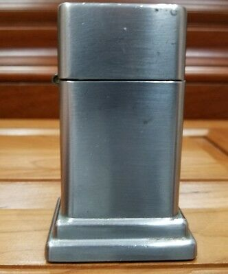 VINTAGE ZIPPO BARCROFT TABLE LIGHTER pat 2517191 NO ADVERTISING.  NICE & CLEAN