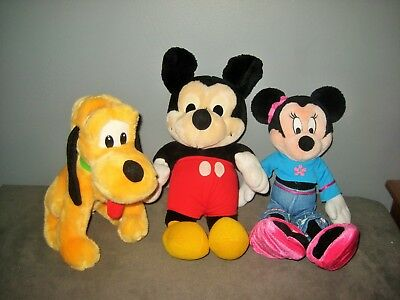 Lot 3 Peluches/Doudou  Disney - Minnie  Mickey et Pluto (28 à 36 cm)