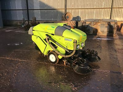 Applied sweepers, the green machine, 414 diesel road/pavement sweeper