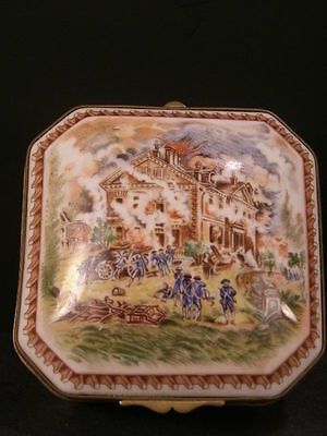 Vintage French Porcelain de Paris Portrait Painting Dresser Jewelry Vanity Box~2