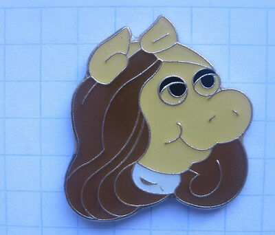 MUPPETS SHOW / MISS PIGGY ........ Film-Comic-Pin (108c)