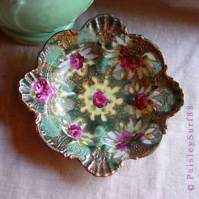 VTG Ornate Scalloped DISH Gold Leaf Floral Shell Accents Hand Painted Ormolu ?