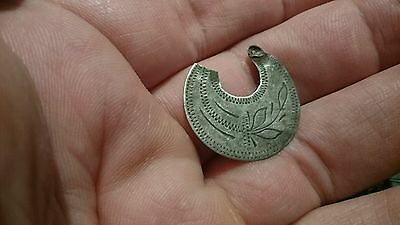 Beautiful post Medieval silver earing 1.17g