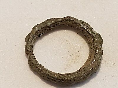 Beautiful tiniest Celtic bronze new born finger ring found in England L27w