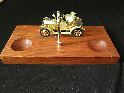 Vintage Pipe Stand with Antique Car Decoration for Two Pipes Wood and Metal