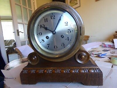 1920s non fusee oak bracket clock with strike on a gong.