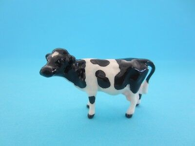 Hagen Renaker Holstein Cow *so Nice, Come With Cute Box, Mint*