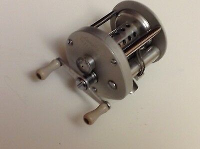 Vtg Langley Reelcast Model 500 Levelwind Baitcasting Reel Fishing
