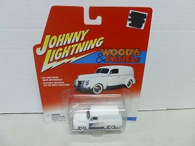 Blue Cragar Diecast Car Playing Mantis Johnny Lightning 1955 Ford Panel Delivery - Woodys /& Panels