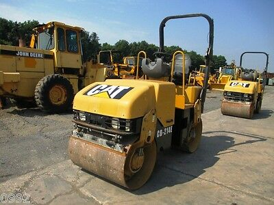"2006 Caterpillar CB214E Smooth Drum Vibratory Roller, Only 1703 Hours, 39"" Drums"