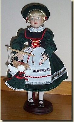 LENOX COLLECTOR DOLL Gretchen the Little Fraulein-Children of the World GERMANY