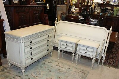 Beautiful French Antique White Louis XVI Bedroom Set Q / Bed & 2 N.stand Dresser