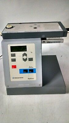 Molecular Devices SkanWasher 400 Microplate Washer powers on as is  read ad