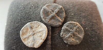 Superb design Trio of Medieval lead tokens found in England in the 1970s L74s