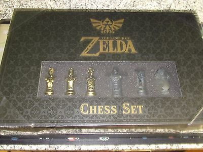 The Legend Of Zelda Chess Set Usaopoly Protected Corner Box
