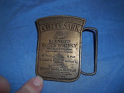 "VINTAGE CUTTY SARK BLENDED SCOTS WHISKEY BRASS BELT BUCKLE 2.75"" x 2"""