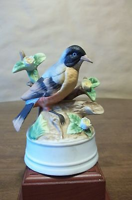 Milano Porcelain Bird Musical  Plays The Way We Were