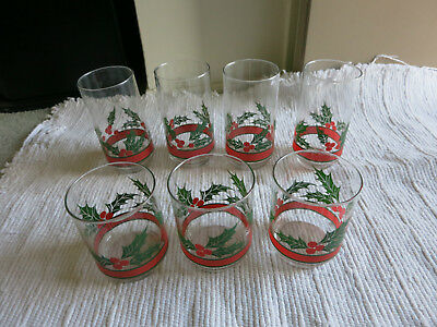 (7) Libbey Christmas Holly berries Beverage Glasses~Vtg Libby Holiday Glasses!