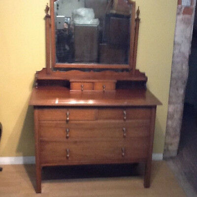 Edwardian red walnut dressing table dressing chest