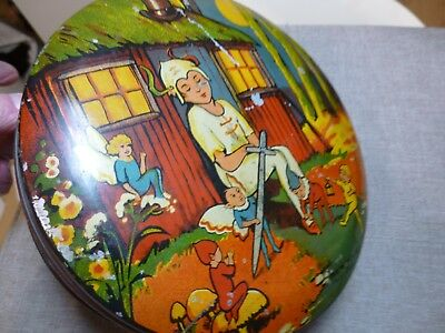 old vintage antique/collectible biscuit/sweet tin THE WENDY HUT based  Peter Pan