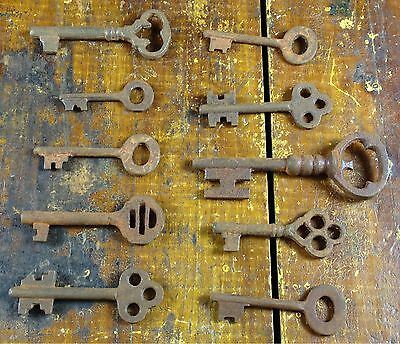Assorted 19th Century Antique Style Cast Iron Skeleton Keys Many Shapes & Sizes