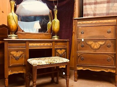 Antique Bedroom Set w/ Vanity