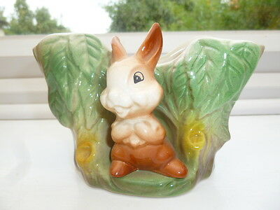 Vintage Retro Eastgate Pottery Withernsea Rabbit Vase