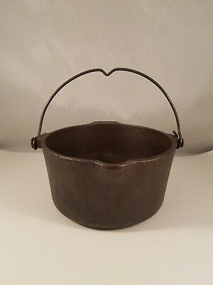 Vintage Griswold Cast Iron  # 72 Deep Patty Bowl