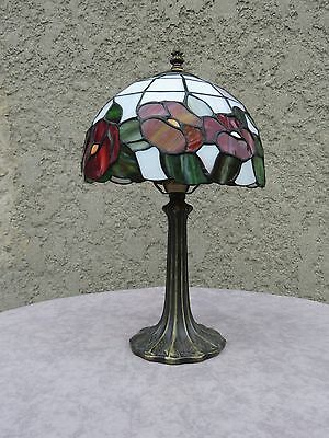 "Tiffany Style Flowers "" ROSES"" 15.5"" Tall Stained Glass Shade & Brass Base  Lamp"