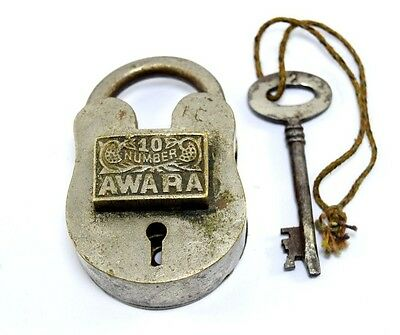 Rare Vintage Collectible Beautiful Solid Brass Crafted Indian Padlock. i42-19